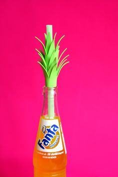 Glitter in My Tea: DIY: Pineapple Straws