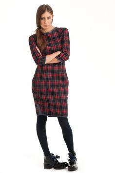 Dresses – ENERGY checked dress – a unique product by FashionFaktory-by-Anna-Drabczynska via en.DaWanda.com #red #black