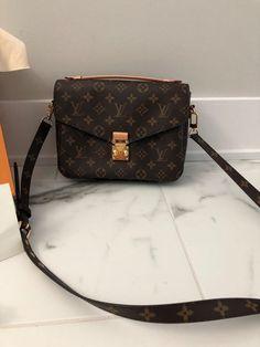 e357f5c2a889 Authentic Louis Vuitton Pochette Metis Monogram Handbag Authentic Louis  Vuitton