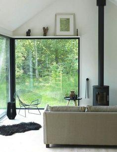 Baies vitrées et intérieur scandinave http://www.homelisty.com/idees-baie-vitree/