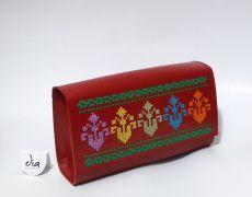 Geanta piele naturala brodata manual cu motive traditionale romanesti Leather Bags Handmade, Sunglasses Case, Embroidery, Beautiful, Ideas, Needlework, Drawn Thread, Thoughts, Stitch