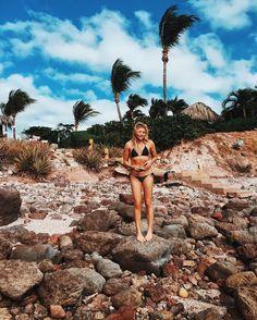Bikini - Chloe Moretz