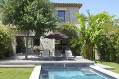Esprit Mas modern - Mas Provence, regional leader in home building . Dressing Room Design, Spanish Style Homes, Outdoor Spaces, Outdoor Decor, Village Houses, Garden Pool, Home Deco, Outdoor Gardens, Beautiful Homes
