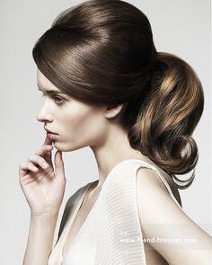 TREVOR Sorbie Lange Braun weiblich Gerade Multi-tonalen Pferdeschwanz Frauen Frisuren hairstyles