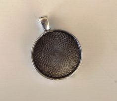 20 Antique Silver Plated 1 inch Circle by deannasscrapbooking, $9.00
