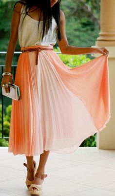 Love this pink pleated skirt!
