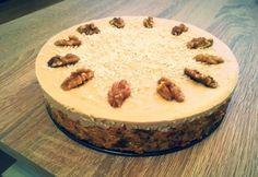 Nyers kókuszos-répás torta