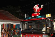 Love FM's 4th Annual Christmas Parade Hits San Pedro, Ambergris Caye