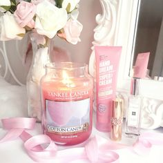 Makeuphall: The Internet`s best makeup, fashion and beauty pics are here. Candle Lanterns, Candle Jars, Candels, Cute Candles, Scented Candles, Yankee Candles, Pink Room, Everything Pink, Home Living