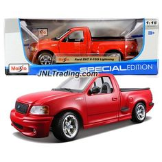 """Maisto Special Edition Series 1:18 Scale Die Cast Car Set - Red Color Pick-Up Truck FORD SVT F-150 LIGHTNING (Car Dimension: 9-1/2"""" x 4"""" x 3-1/2"""")"""