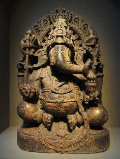 Ganesha,_the_Elephant_God,_South_India,_Mysore_region,_13th_century_AD,_chloritic_schist_-_Arthur_M._Sackler_Gallery_-_DSC05981.JPG (3240×43...