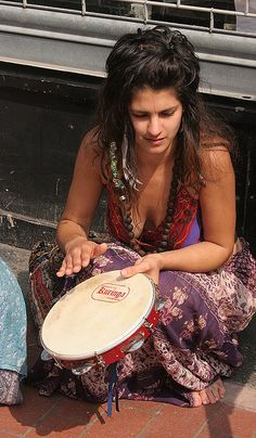Tunable head & jingles, make this style tambourine a versatile drum circle favorite... especially for those who dance too...