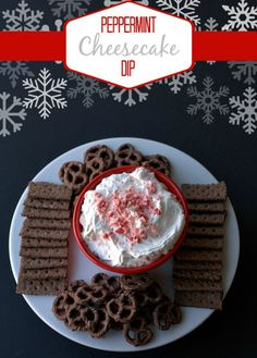 This Peppermint Cheesecake Dip recipe is a creamy, delicious, and quick and easy holiday dessert dip that comes together in just 5 minutes! Easy Holiday Desserts, Holiday Baking, Christmas Desserts, Holiday Treats, Christmas Treats, Christmas Baking, Just Desserts, Holiday Recipes, Delicious Desserts