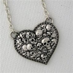 Heart and skulls #necklace