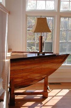 Beautiful 35 Amazing Ways to Upcycle Old Boats We already featured some nice projects made from old upcycled boats. Here are 35 of the best ways to reuse old boats for your inspiration. Wooden Boat Kits, Wooden Boat Building, Wooden Boat Plans, Boat Building Plans, Wooden Boats, Wooden Sailboat, Sailboat Plans, Boat Furniture, Nautical Furniture