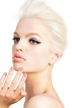Dior Addict campaign with Daphne Groeneveld