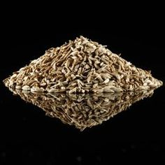 Cummin seeds > Slightly bitter, warm and powerful.