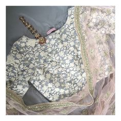 Grey Floral Blouse X Peach Mogra Dupatta To order email: ayesha or shop on our website! Saree Blouse Designs, Blouse Patterns, Indian Attire, Indian Wear, Pakistani Outfits, Indian Outfits, South Asian Bride, Desi Wear, Desi Clothes