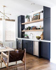 Kitchen Wet Bar, Basement Kitchen, Kitchen Bars, Basement Bars, Basement Bar Designs, Home Bar Designs, Wet Bar Designs, Basement Ideas, Living Room Bar