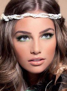 Natural look / makeup for green eyes