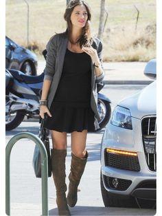 Sara Carbonero in boots