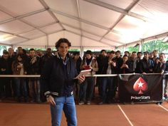 Rafa Nadal · 24 May   Es un placer competir contra 200 de mis amigos franceses en un divertido torneo de poker en el movil. Que gane el mejor!  It's a pleasure to be able to compete with 200 of my french fans at a very special mobile poker tournament. May the best person win!