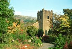 st oswald's church, grasmere, the lake district, cumbria - final resting place of the poet, william wordsworth