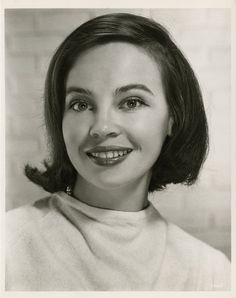 Leslie Caron<<<she can pull off any hairstyle!!