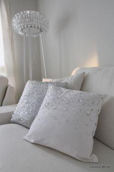 Coconut White: White winter Textiles