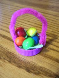 Table Favor made with M & M's for Easter learn to make one Making Learning Fun