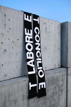 Fabrik direkt Nike Roshe One Moire Schuhe Rotblaugrau