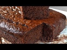 How to do a very spongy chocolate cake, coca de llanda. Easy and delicious recipe Tart Recipes, Cooking Recipes, Chocolate Sponge Cake, Japanese Cheesecake, Fudge Cake, Le Chef, Kakao, Pound Cake, Carrot Cake