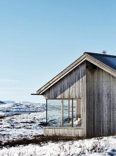 scandinavian retreat.: A cabin with a view