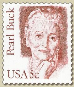 Pearl Sydenstricker Buck was born on 26 June was born in 1892 as the daughter of an American missionary and spent her childhood and youth in China. In the U.S., she studied, then worked in China until finally in 1934 returned to the United States moved. The contrast between the two cultures and the desire to bridge this contradiction, given her life and work. She wrote about 90 novels, was very involved for tolerance and understanding.
