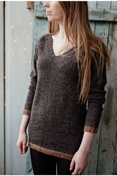 Scandinavian sweater brown #2017 #Sweater #spring #brown #grey #gray #fashion #wool #alpaca #organic # natural #manufacture #slowfashion #slow #fashion #merino #knitted #knit #clothes #vneck #wiw #ootd #outfit
