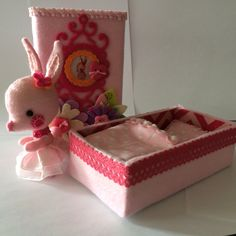 I created this little rabbit and the box from a matchbox for her Valentin gift