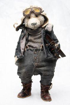 author's Teddy bear Olga Zharkova                                                                                                                                                      Mehr