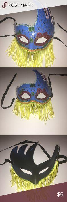 Mardi Gras Mask Beautiful Mardi Gras costume mask. Jewelry