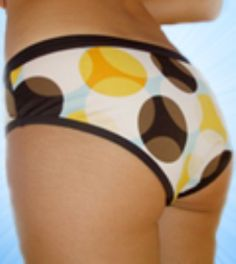 It's a weird picture, but some good tips on how to reduce the appearance of cellulite.