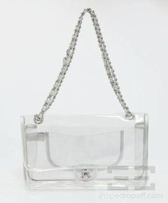 Clear Vinyl Handbags - From top to toe, you also have a variety of options when it comes to expressing your identity throu Clear Handbags, Purses And Handbags, Back To School Bags, Bags 2015, Embroidered Bag, Clear Bags, Sunglasses Accessories, Chain, Clutches