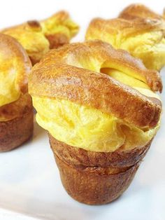 Let batter rest 1 hour before baking Jordan Pond House Best Popover Recipe. Best popovers in all of New England. Recipe from Jordan Pond Tea House in Acadia National Park. Easy & so delicious! Bread Recipes, Baking Recipes, Pastry Recipes, Kitchen Recipes, Crumpets, Naan, Sweet Bread, Baked Goods, Side Dishes