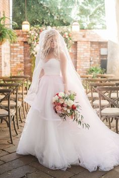 Wedding dress idea; Featured Photographer: Anna Delores Photography
