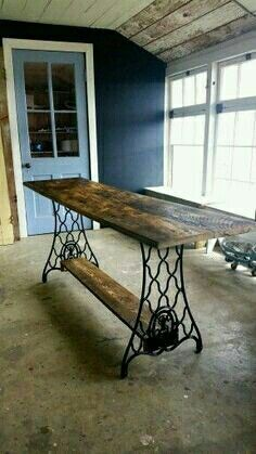 Recycled barn wood table and Singer sewing machine floor. - Recycled barn wood table and Singer sewing machine floor. Made … table made from recycled barn wo - Repurposed Furniture, Rustic Furniture, Painted Furniture, Diy Furniture, Handmade Furniture, Unique Furniture, Kitchen Furniture, Furniture Assembly, Furniture Refinishing