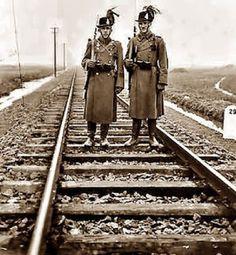 aranytalicska: Mire jó a Csendőr-lexikon Austro Hungarian, Wwi, Hungary, Railroad Tracks, Austria, History, Military Photos, Police, Historia