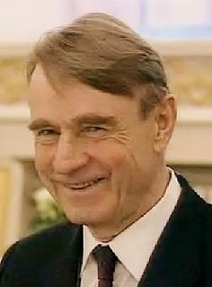 Suomen presidentti nro 9. Mauno Henrik Koivisto, born November 25, 1923 Turku…