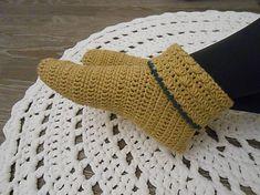 anas / Háčkované papuče v béžovej Fingerless Gloves, Arm Warmers, Accessories, Fashion, Fingerless Mitts, Moda, Fashion Styles, Fingerless Mittens, Fashion Illustrations