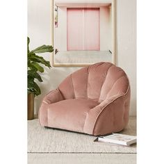 Cosette Velvet Lounge Chair (€215) ❤ liked on Polyvore featuring home, furniture, chairs, accent chairs, velvet lounge chair, urban outfitters, urban outfitters furniture, velvet furniture and antiqued furniture