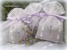 Lila y lavanda: bolsitas de lavanda para un regalo
