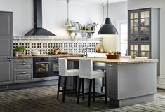 How often do you cook or entertain? - Small Kitchen Renovation - 10 Questions to Ask Before You Begin - Bob Vila Kitchen Dining, Kitchen Decor, Kitchen Cabinets, Kitchen Ideas, Ikea Cabinets, Kitchen Backsplash, Bodbyn Kitchen Grey, Kitchen With Black Appliances, Kitchen Cost