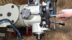 How To: Fine Feed on Milling Machines
